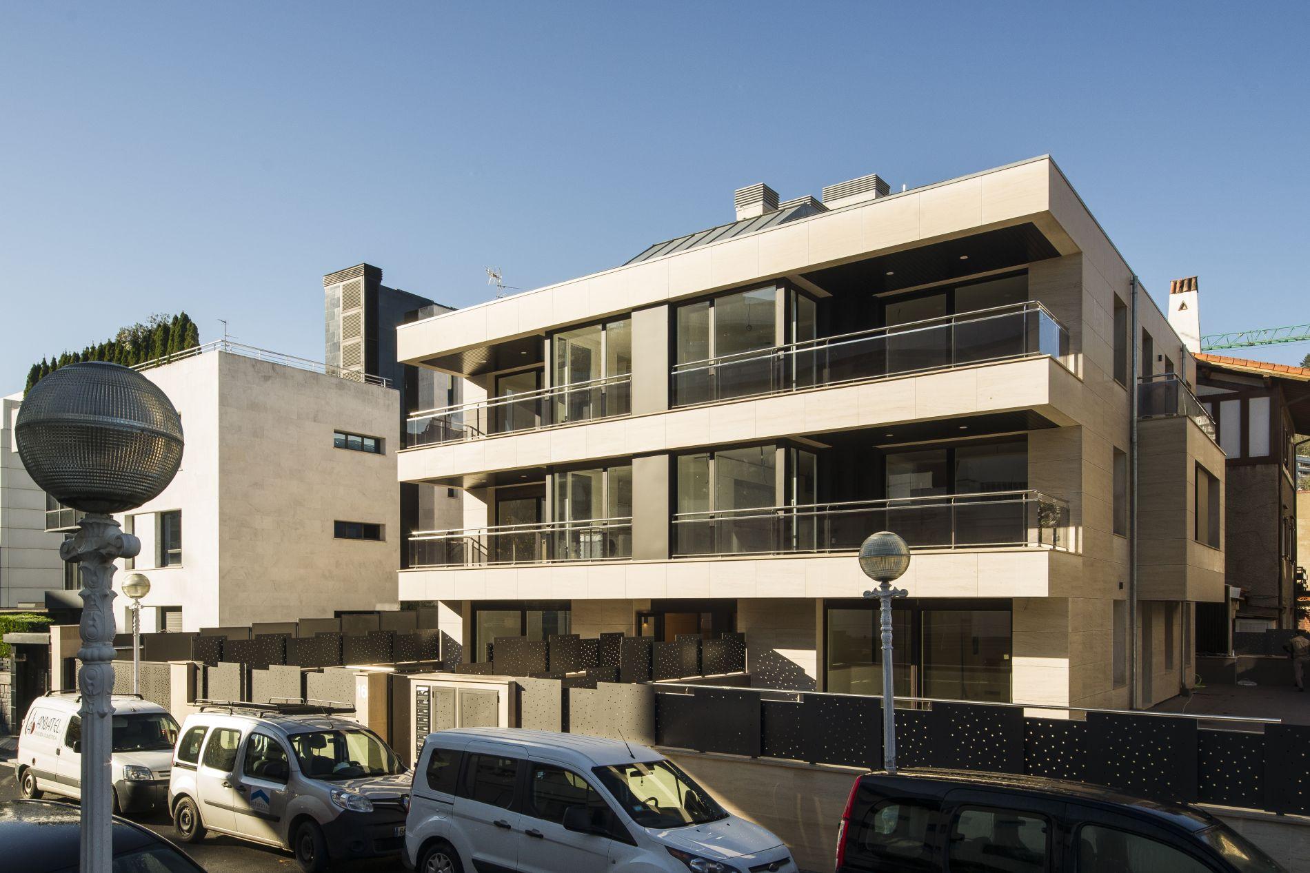 Fiark - 6 viviendas en Infanta Beatriz 16 3
