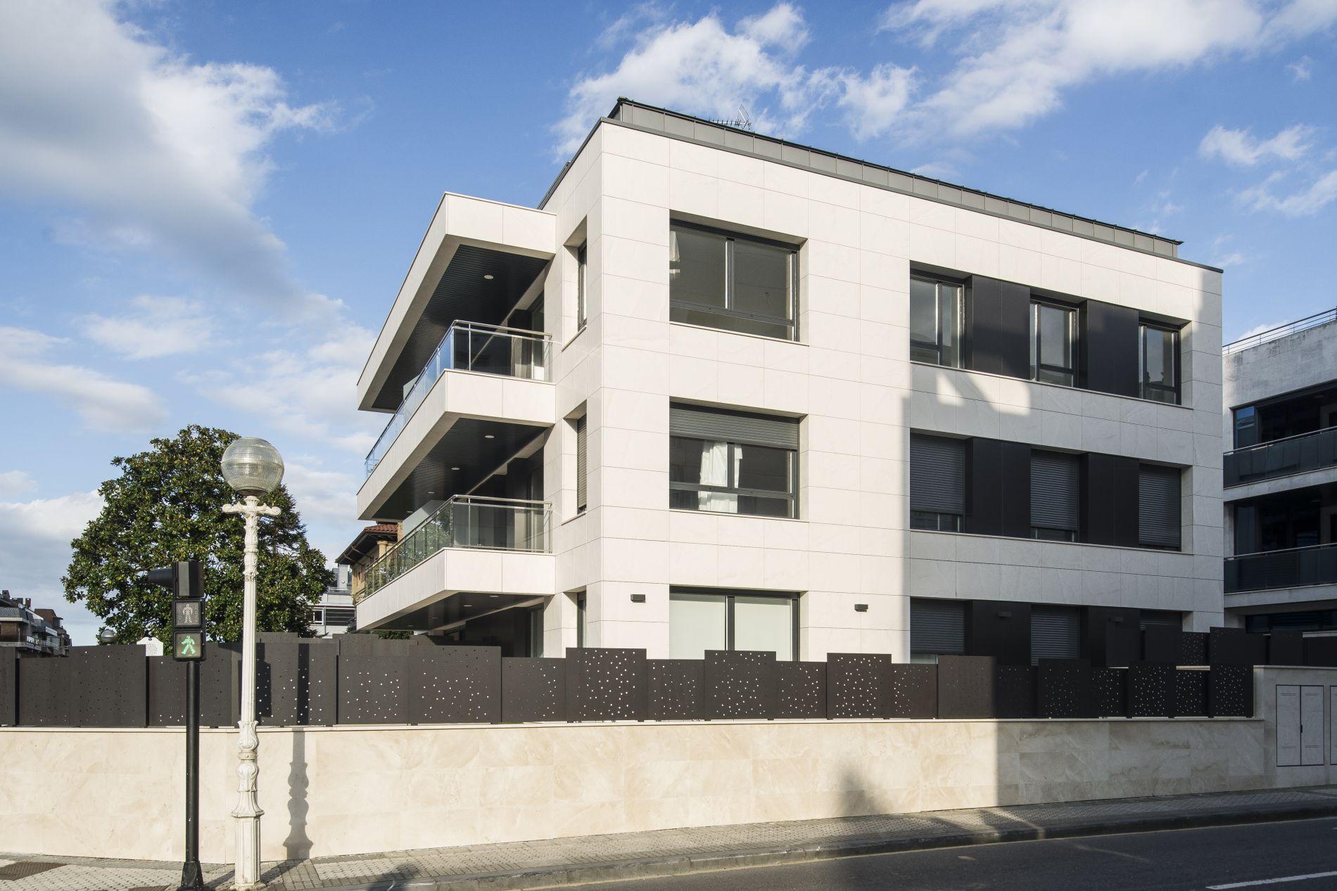 Fiark - 6 viviendas en Infanta Cristina 17 5