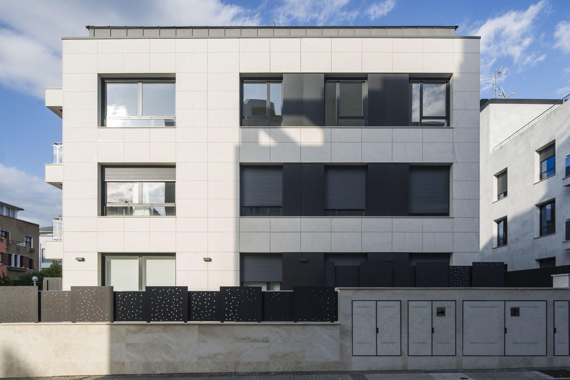 Fiark - 6 viviendas en Infanta Cristina 17 7