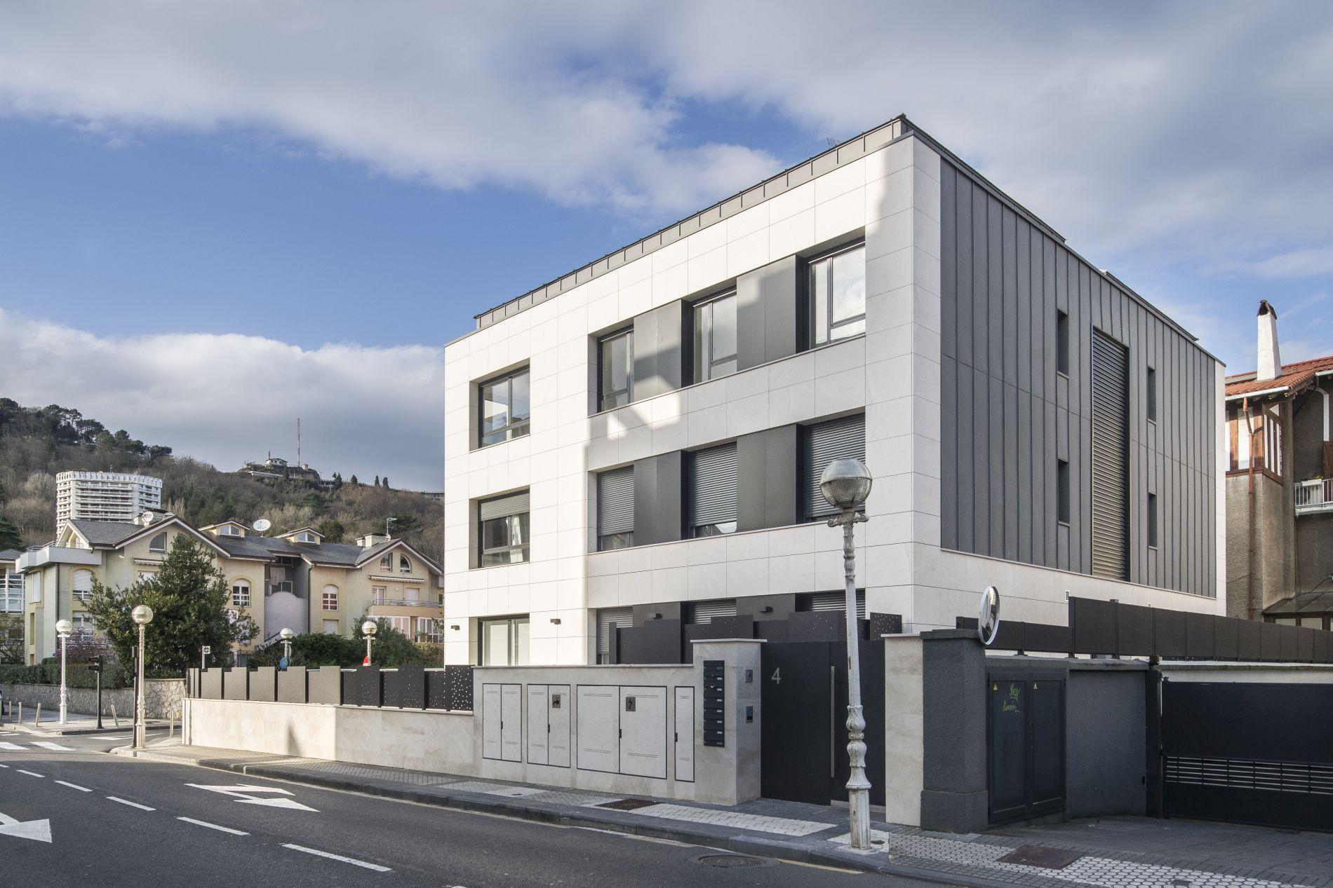 Fiark - 6 viviendas en Infanta Cristina 17 8